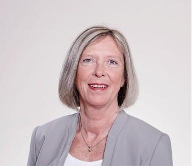 Veronika Reinsdorf vom Team der Zahnarztpraxis Dres. Meyer-Engemann aus Düsseldorf.