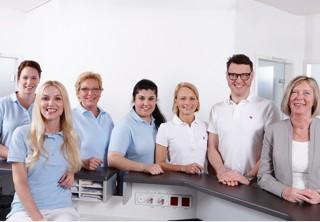 Das Team der Praxis Dres. Meyer-Engemann.